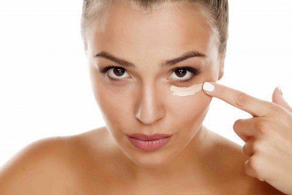 eye-cream-simply-laser-brisbane-lr-e1453219227762